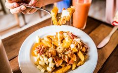 Let's eat Canada-styled fried potatoes at Bangkok Poutine.